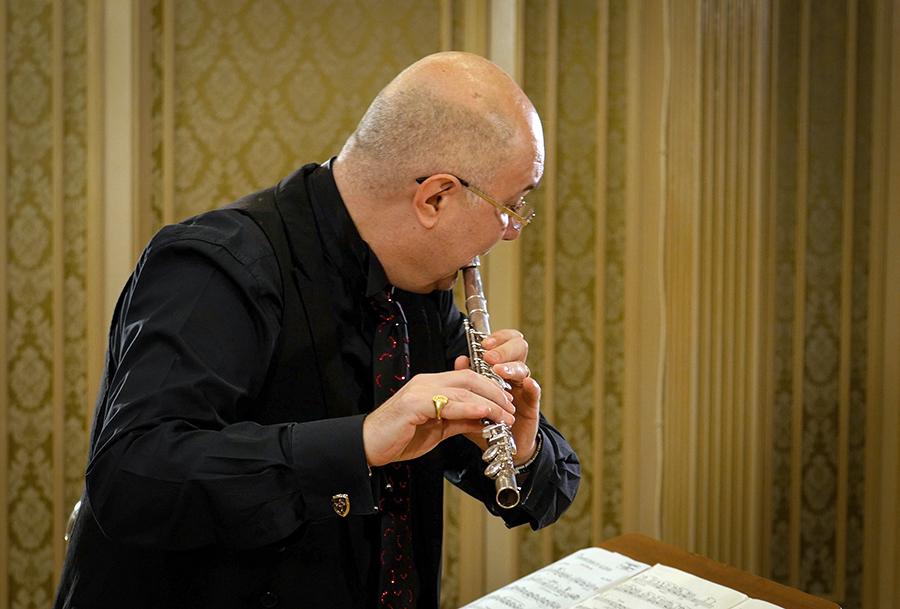 Ion Bogdan Ștefănescu – flaut