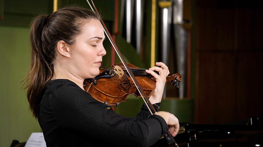 Simina Croitoru – vioară
