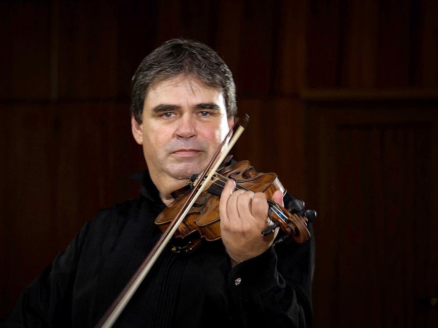 Gabriel Croitoru – vioară